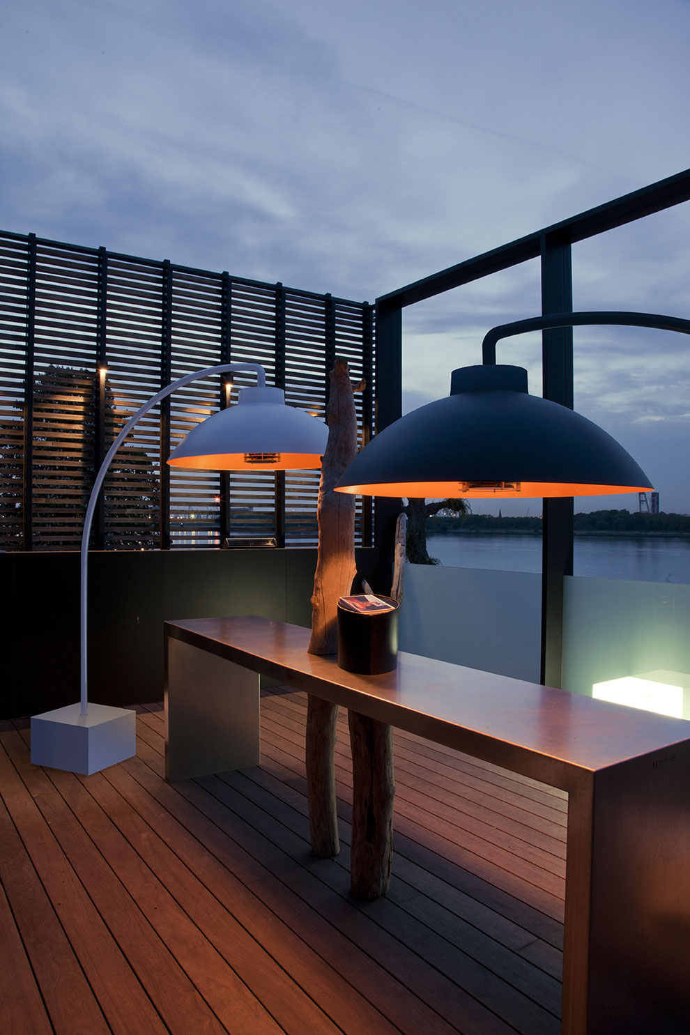 Eclairage design extérieur by Heatsail
