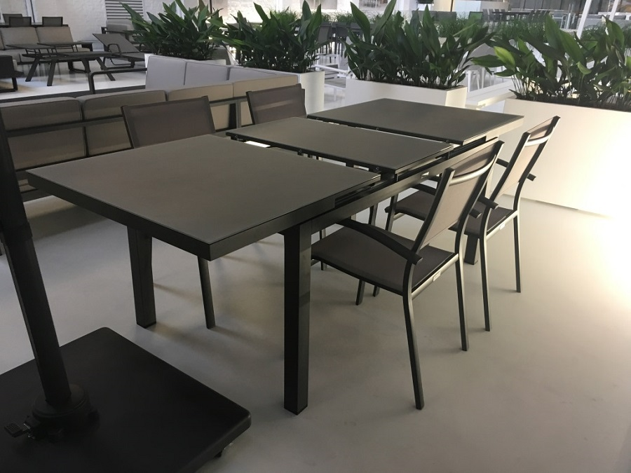 table calvi l 39 esprit jardin. Black Bedroom Furniture Sets. Home Design Ideas